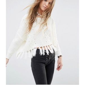 Moon River• Off White Fringe Detail Sweater